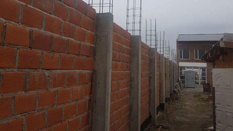 El avance que presenta la construcción del salón de usos múltiples.