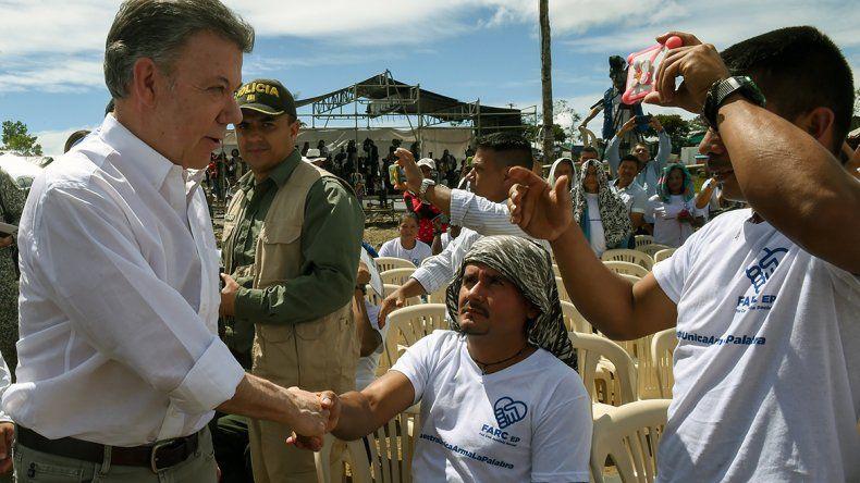 Santos encabezó el histórico acto que puso fin al conflicto entre el Estado de Colombia y las FARC.
