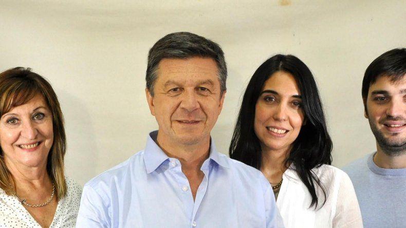 Gustavo Menna encabeza la lista de precandidatos de Cambiemos para diputados nacionales acompañado por Sonia Cavagnini como segunda titular mientras que Ignacio Torres y María Fernanda Abdala completan la boleta como precandidatos suplentes.