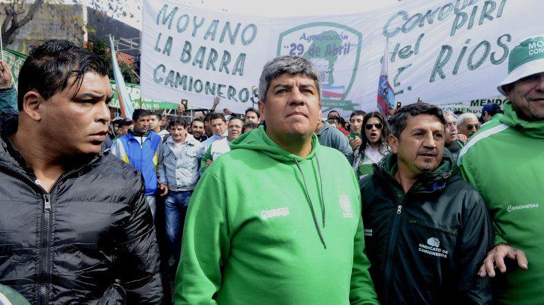 Moyano reclamó una gran movilización para ponerle un límite al Gobierno