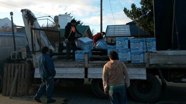 Distintas partidas de cajas ya se encuentran para ser retiradas en las diversas sedes del Sindicato de Petroleros Jerárquicos.