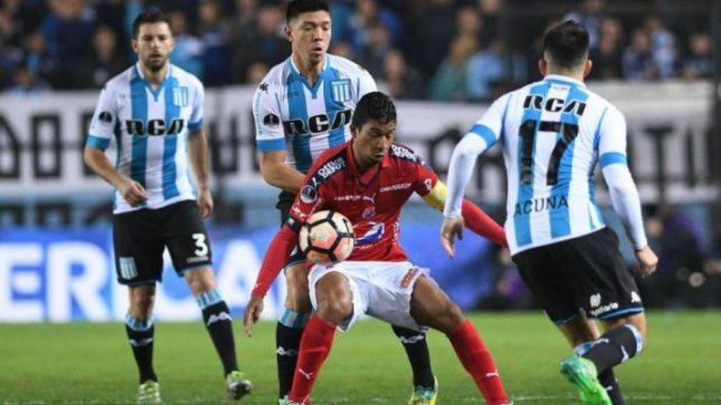 Racing logró un triunfo ante Independiente Medellín