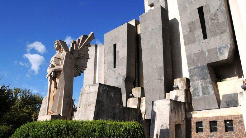 En 2002 su legado fue declarado patrimonio cultural de la provincia de Buenos Aires.