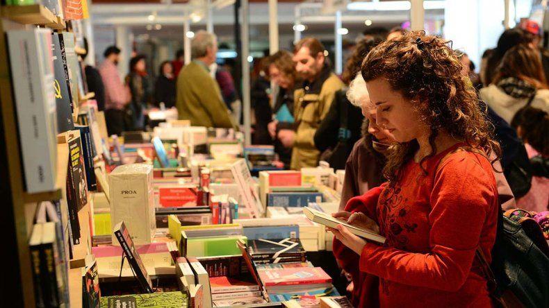 Temáticas vinculadas a la mujer representarán el eje de esta edición de la Feria del Libro de Comodoro Rivadavia.