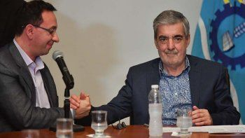Das Neves con el intendente de Trelew, con quien ayer acordó un convenio de capacitación laboral.