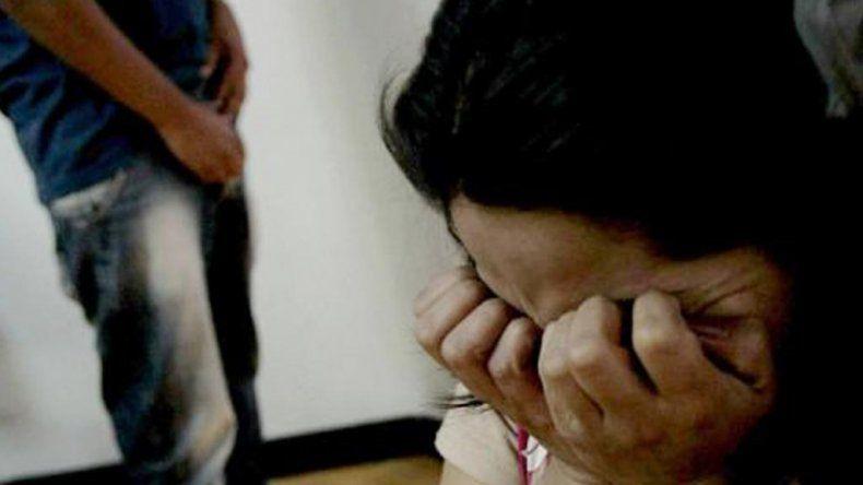 Detuvieron a un hombre sospechado de tener siete hijos con sus propias hijas