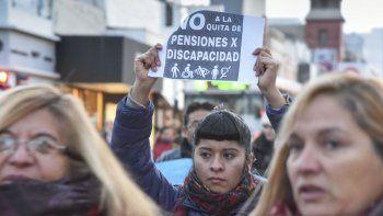 Rechazan restablecer pensión por invalidez porque su cónyuge está jubilado