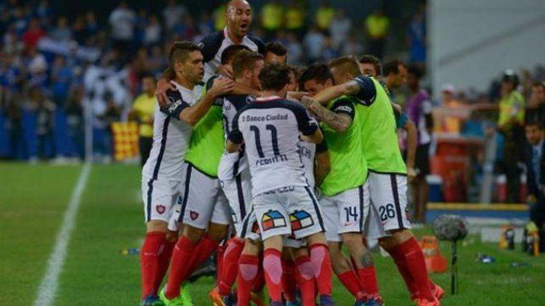 San Lorenzo cerca de cuartos de final tras ganarle a Emelec