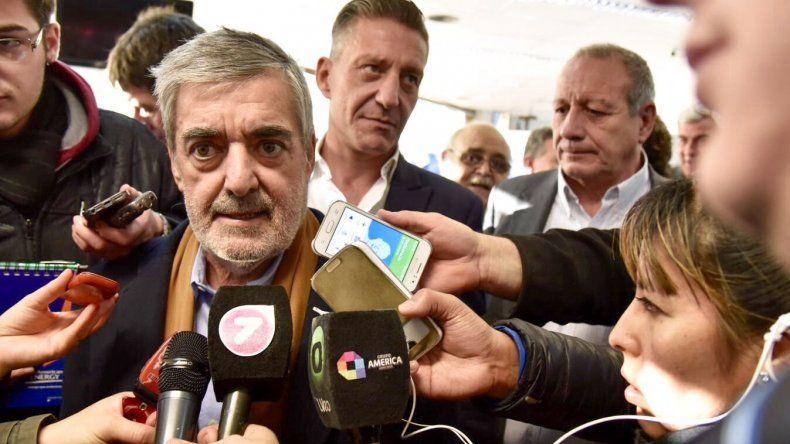 Das Neves firma el lunes en Buenos Aires cuatro obras  para Comodoro