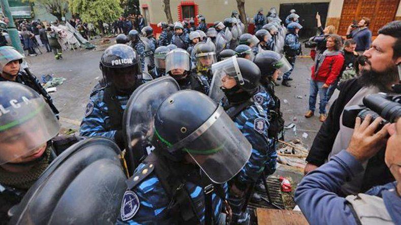 Ritondo justificó la represión en Pepsico