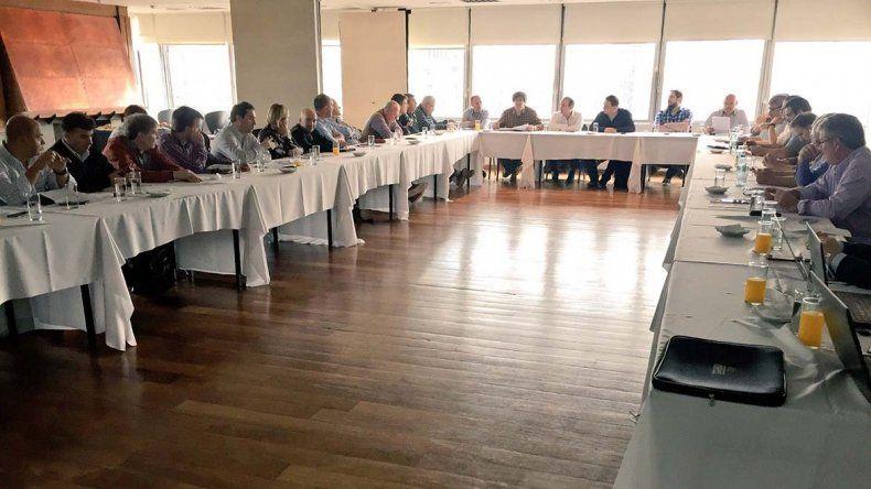 La asamblea general ordinaria de la AdC se llevó a cabo ayer en instalaciones del Club Alemán ante una importante concurrencia.