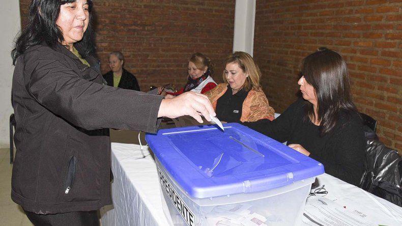 En Comodoro se votó en el Centro de Residentes ubicado en la calle Tripulación Gandul. Fue la quinta ciudad de Argentina en cuanto a cantidad de electores.