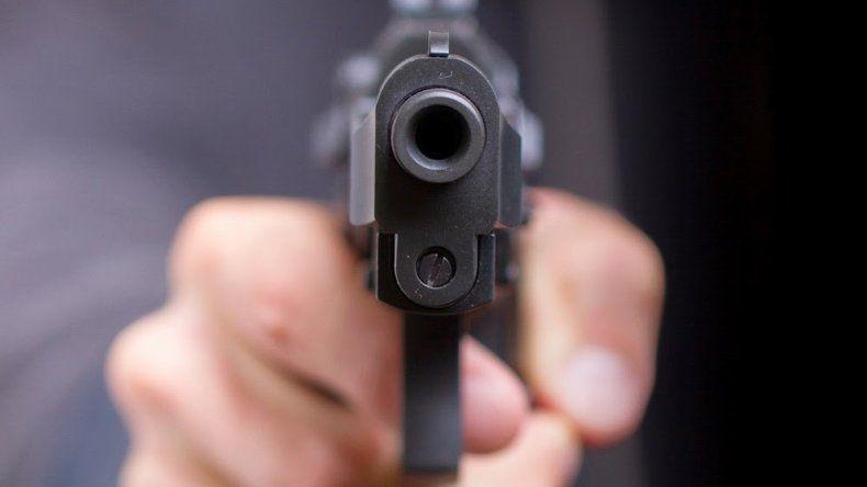 Lo imputaron por portación de arma  y amenazas pero lo dejaron libre
