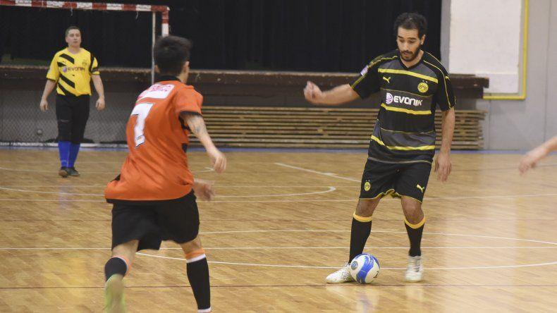 El fútbol de salón oficial continuará esta tarde con la disputa del torneo Apertura en el complejo Huergo.