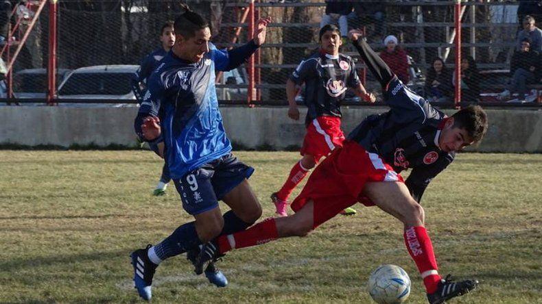 Jorge Newbery fue ampliamente superior a Deportivo Sarmiento en la ciudad de los lagos.