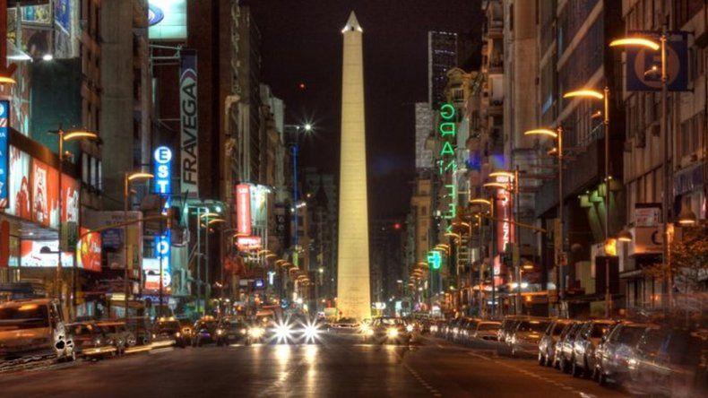 La avenida Corrientes será peatonal de noche