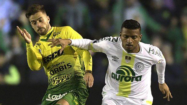 Chapecoense terminó con los sueños de Defensa y Justicia en la serie de penales.