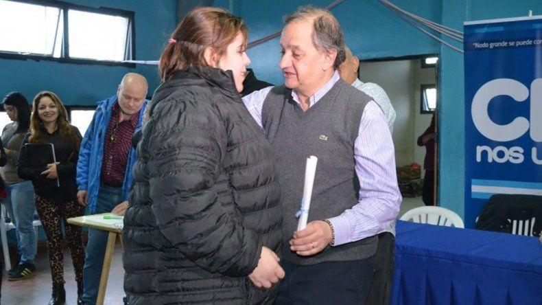 El intendente Linares encabezó un acto de reparación para con los afectados por el temporal.
