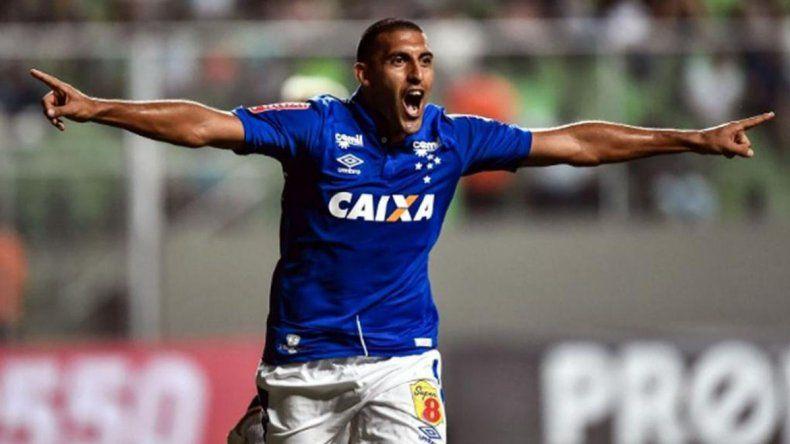 Ramón Wanchope Avila sigue en la mira de la dirigencia de Boca.