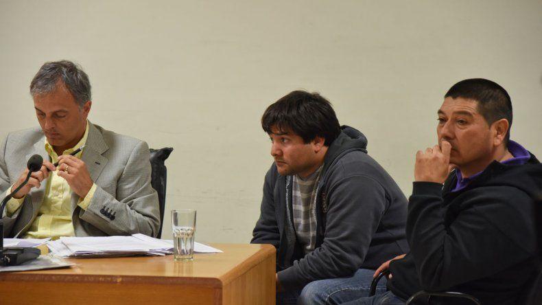 Juvenal Maga Velázquez –derecha– cada vez más comprometido. El otrora poderoso integrante de la Secretaría municipal de Seguridad podría ir preso.