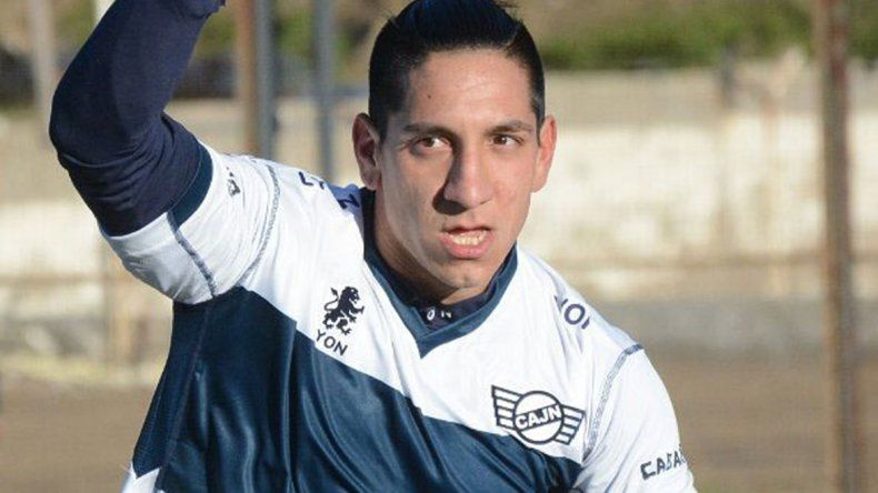 Lucas Sergi anotó dos tantos en el último partido de Newbery por el Federal B.