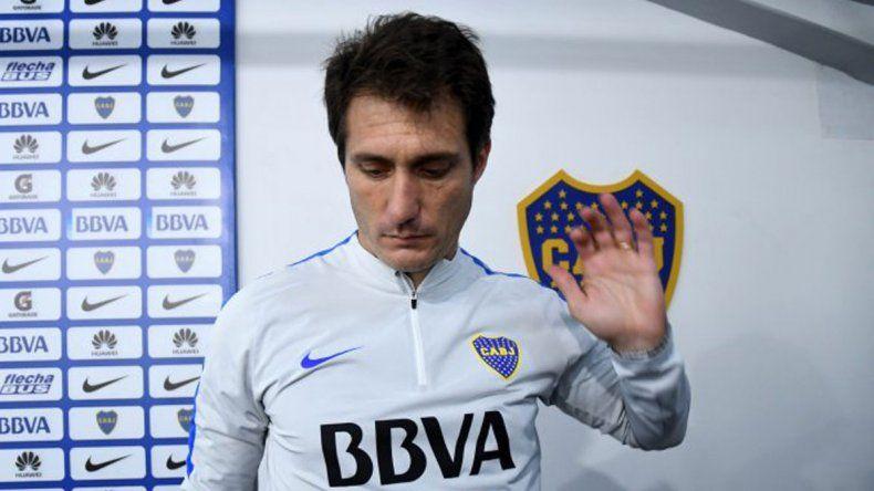 Guillermo Barros Schelotto adelantó que el reemplazante de Ricardo Centurión será el colombiano Edwin Cardona.