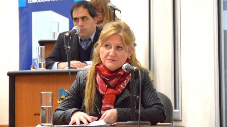 La concejal García pretende un estudio de factibilidad y eventual construcción de una planta de gas en la ciudad.