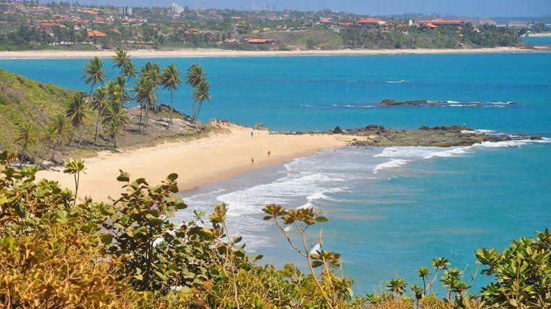 En Costa Conde se alternan balnearios urbanos con zonas de naturaleza preservada.