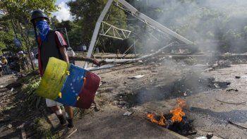 Denuncian 14 muertos en Venezuela