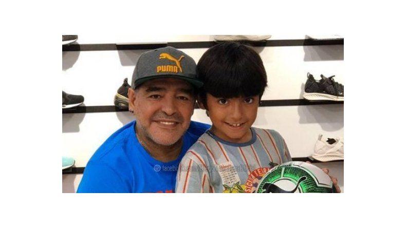Diego Maradona, otra vez abuelo