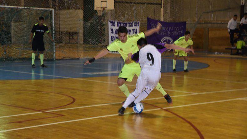 En el gimnasio municipal 2 continuó la definición del torneo Apertura con la consagración en Cadetes de Sport Boys.