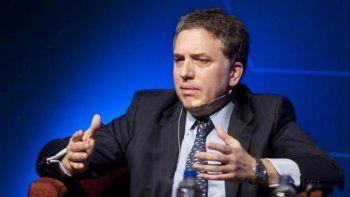 El ministro de Hacienda aseguró que los sueldos le van a ganar por goleada a la inflación