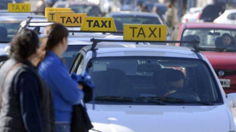 Mañana taxistas paralizarían el centro de la ciudad
