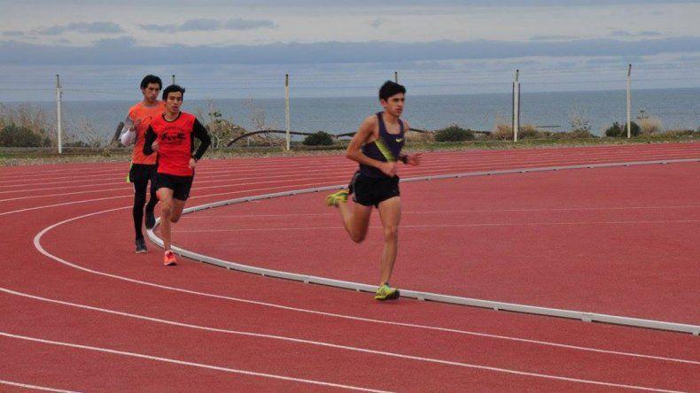 El atletismo comienza a disputar hoy en la pista de solado sintético la instancia local para los Juegos Evita.