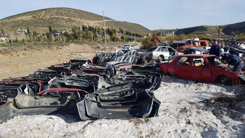 Las autopartes no estaban declaradas ante el ente nacional que las regula. Incluso encontraron desguazado una Volkswagen Suran robada el 3 de enero de este año.
