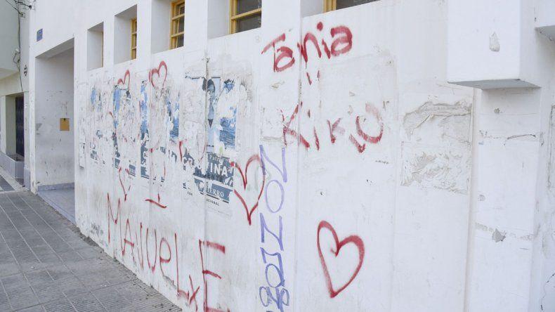 Limpiar las paredes de la Oficina Judicial no será una tarea sencilla para Félix Ricardo Alvarez.