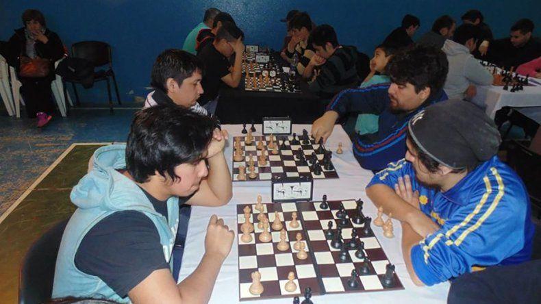 Buena concurrencia de ajedrecistas tuvo el 3er Interprovincial.