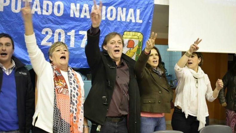 La senadora Nancy González asegura que solo Hourcade garantiza lealtad a Cristina Kirchner.