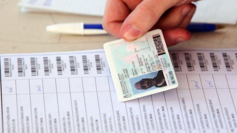 Solo se podrá votar con el tipo de ejemplar de DNI que figura en el padrón o uno posterior