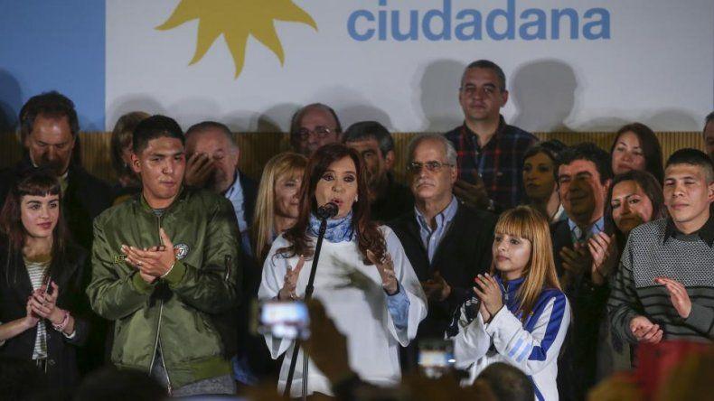 Cristina pidió un voto fuerte y claro contra el Gobierno