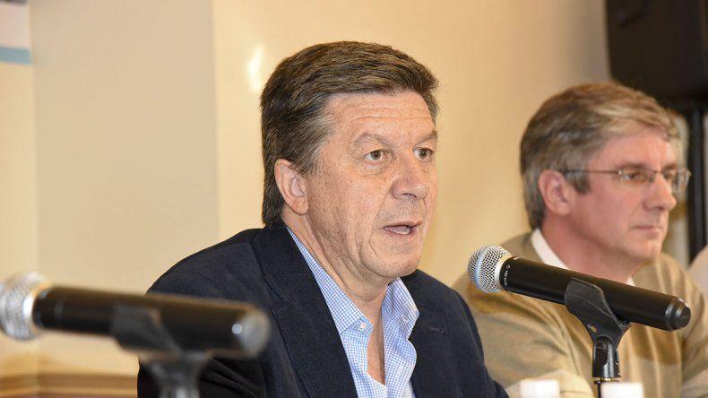 Menna cerró su campaña con una conferencia de prensa en la que reivindicó la gestión de Macri.