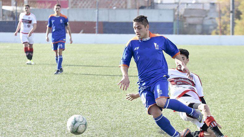 La CAI viene de golear 3-0 a Florentino Ameghino y esta tarde irá a Sarmiento en busca de ampliar su ventaja en la punta del campeonato.