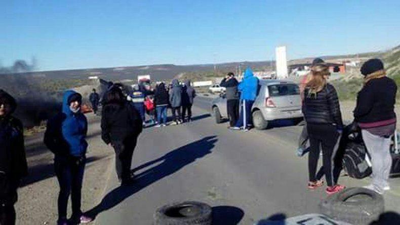 Municipales  liberaron la ruta ante la llegada de Gendarmería
