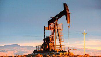 PAE avanzó con los sindicatos petroleros en garantizar inversiones y estabilidad para 2018