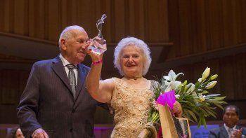 Nina Chudoba, de 82 años, y Oscar Brusco, de 89, sueñan con ser los campeones del Mundial de Tango que la próxima semana se definirá en Buenos Aires.
