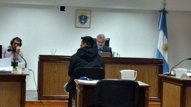 En Sarmiento ayer comenzó el juicio por el robo a la casa del jefe de la Oficina Judicial.