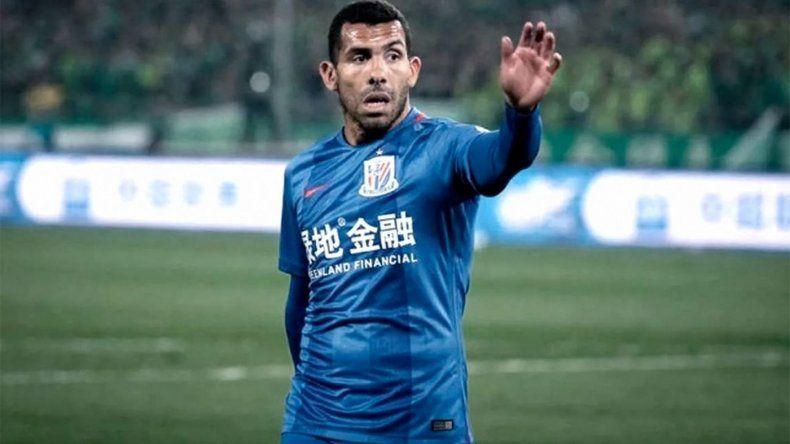 Tevez vuelve a la Argentina para curarse de una lesión