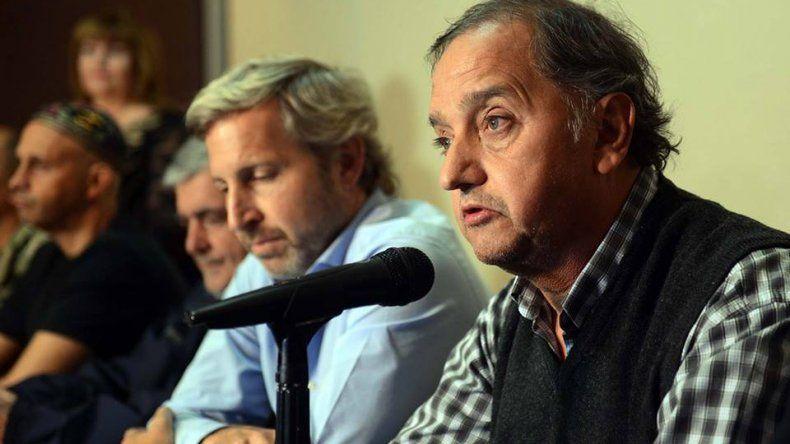 Frigerio llega a Comodoro para firmar obras de pavimento y hábitat