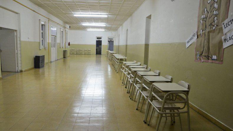 En al menos 30 de los 126 colegios de esta ciudad se desarrolla la medida.