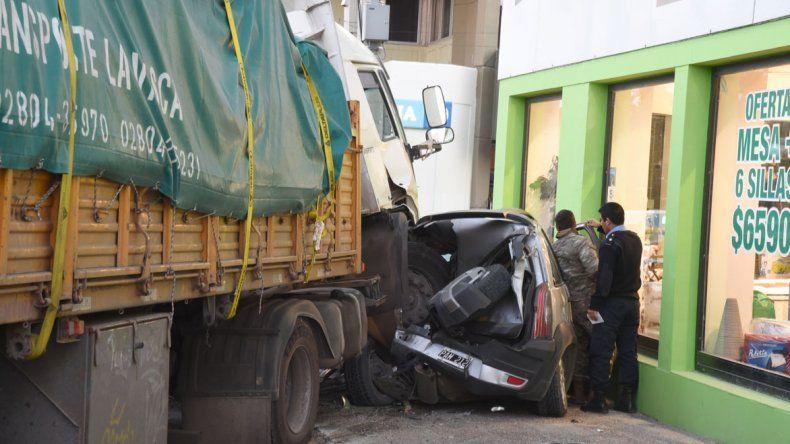 El choque múltiple que se produjo el lunes 7 de agosto en el ingreso al casco céntrico reavivó la necesidad de contar con un camino de circunvalación para el tránsito pesado.